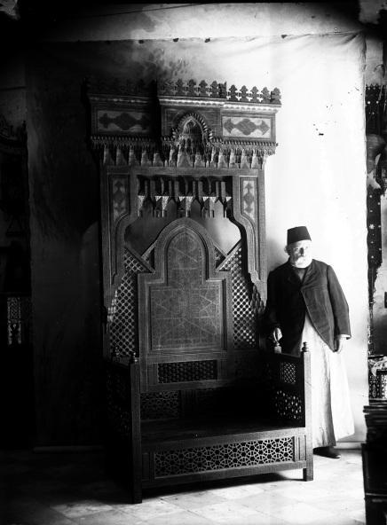Dimitri Tarazi devant le trone du Sultan Abdel Hamid II