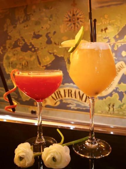 Communiqué de Presse - Duo de cocktails éphémères pour la Saint Valentin à l'Hôtel Ellington Nice Centre.jpg