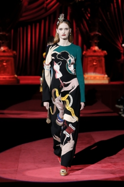 Dolce&Gabbana_Woman's Fashion show FW19-20_FIRST SELECTION (17)