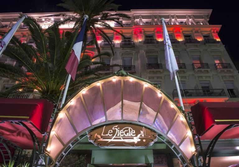 Communiqué de Presse - L'Hôtel West End sonne les cloches de P‰ques.jpg