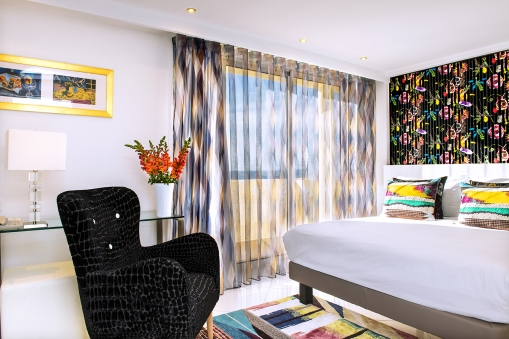 Chambre LaCroix - Hôtel West End Nice - Photo Hughes Lagarde 01